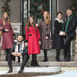 Collingsworth Christmas (distanced) | Blue Gate Theatre | Shipshewana, Indiana