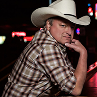 Photo of Mark Chesnutt with The Hubie Ashcraft Band for the Blue Gate Theatre Event in Shipshewana, Indiana