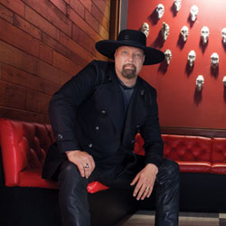 Photo of Montgomery Gentry for the Blue Gate Theatre Event in Shipshewana, Indiana