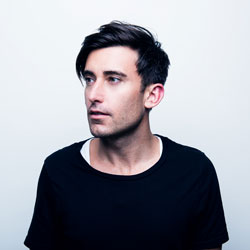 Photo of Phil Wickham for the Blue Gate Theatre Event in Shipshewana, Indiana