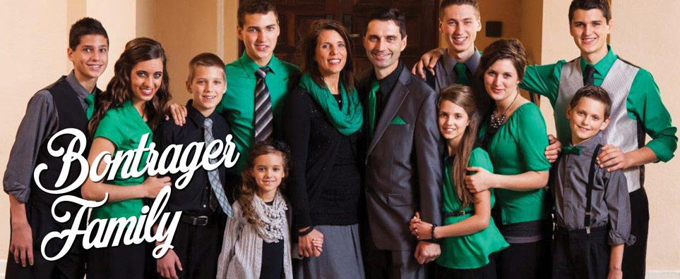 Photo of Bontrager Family for the Shipshewana Event